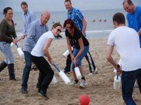 knotshockey_uitje_strand