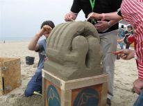 afdelingsuitje_strand_zandsculptuur_bouwen